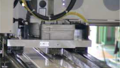 Extrusion device with a round rack_01